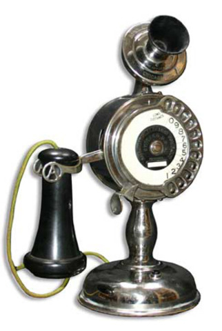 AT&T installs the first dial telephones in the Bell System