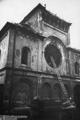 Munich Synagogue Destroyed