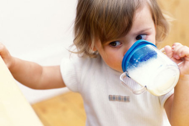 13-15 Months: Physical Development