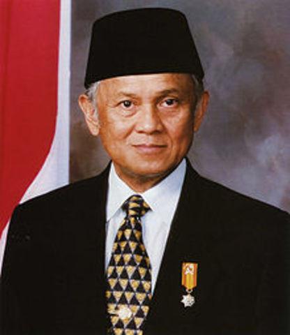 3th presiden B.J habibie