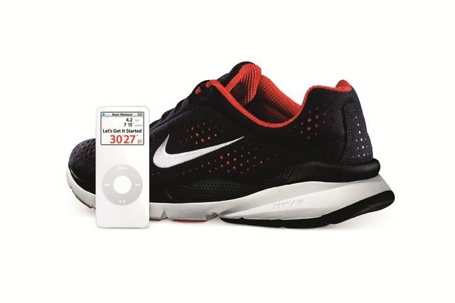Apple and Nike introduce Nike+iPod,