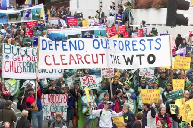 Protests Against WTO Summit Causes Disagreement