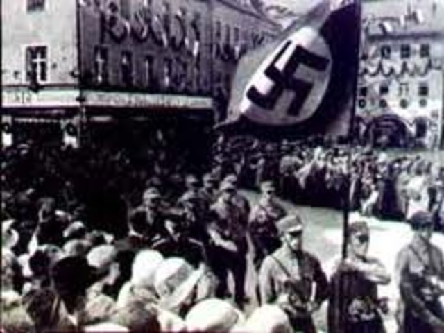 Holland surrenders to the Nazis.