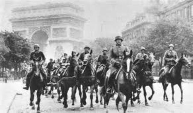 Germans enter Paris.
