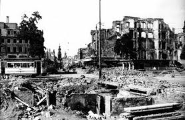 The Soviets capture Budapest, capital city of Hungary