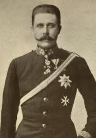 Franz Ferdinand is assassinated in Serbia