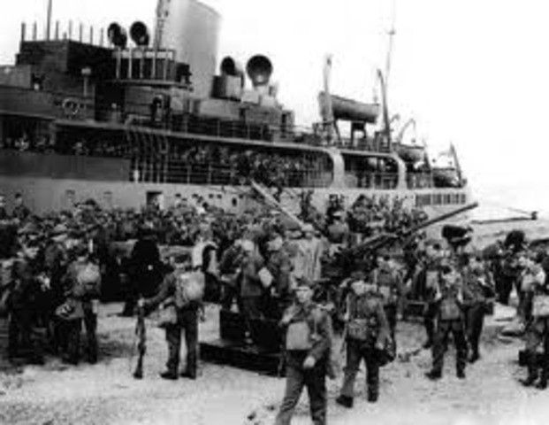 The British Expeditionary force lands in France to assist the French and Belgians in stopping the German offensive