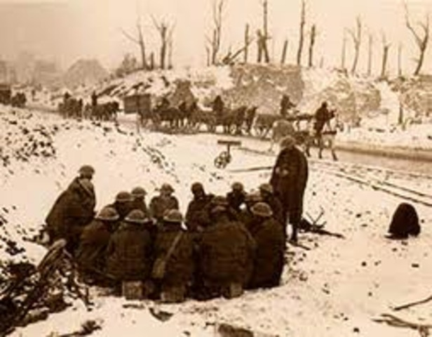 1st Battle of Ypres begins. The Canadian Expeditionary Force of 32,000 men lands at Plymouth, England, to prepare for fighting at the Front.
