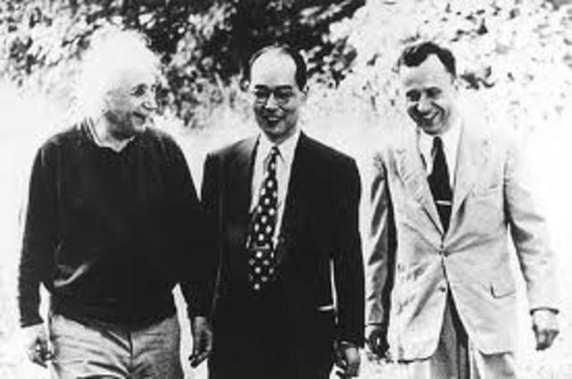 Einstein talks to Roosevelt