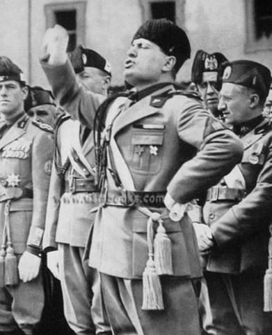 Mussolini Creates Fascist Party