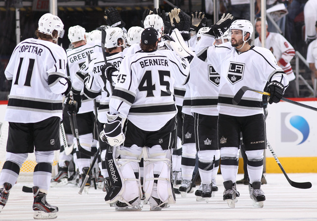 8th seed Kings eliminate top-ranked Canucks
