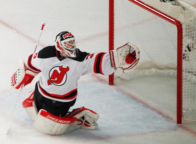 Brodeur leads Devils in win over New York