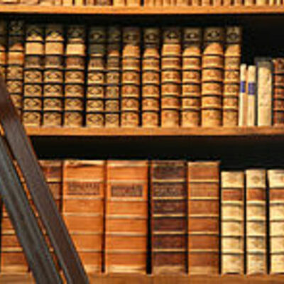Historia de la literatura española y otras influencias internacionales. timeline