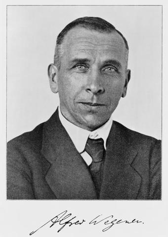 Nacimiento de A. Wegener.
