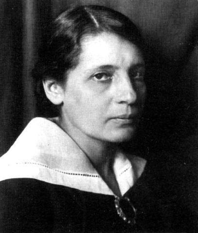 Lise Meitner. 17/11/1878 - 27/10/1968