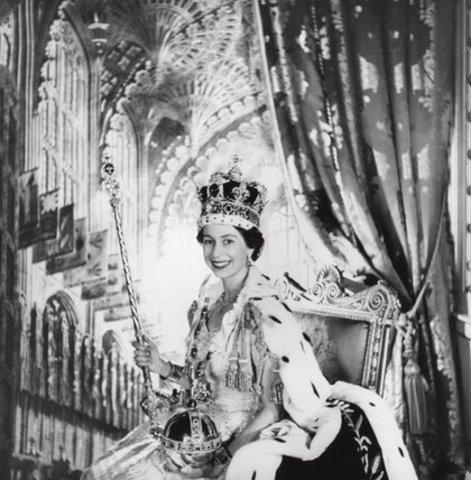 Elizabeth Becomes Queen