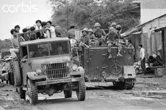 Refugees flee from vietnam