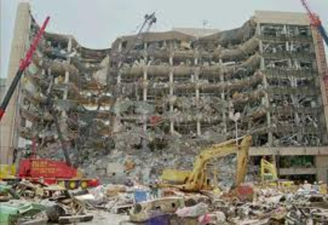 Terrorist attack destroys US federal building in Oklahoma