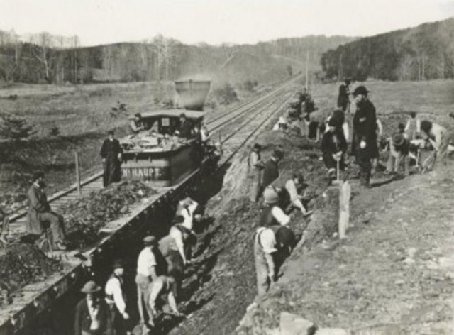 primer linea de ferrocarriles en Uruguay