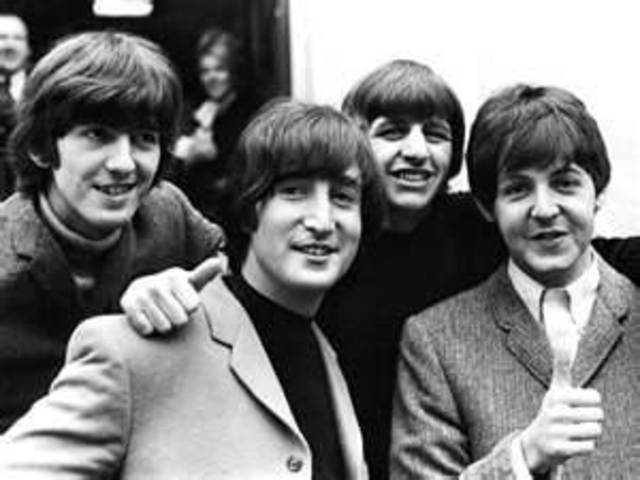 The Beatles play in the USA