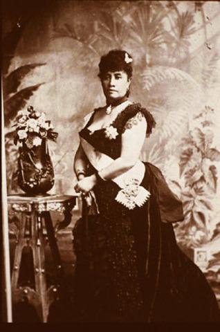queen liliiokalani becomes queen of hawaii