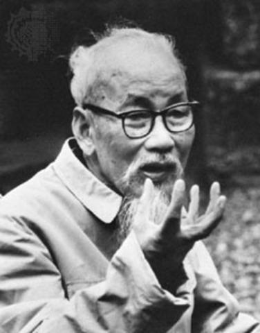Ho Chi Minh is born.