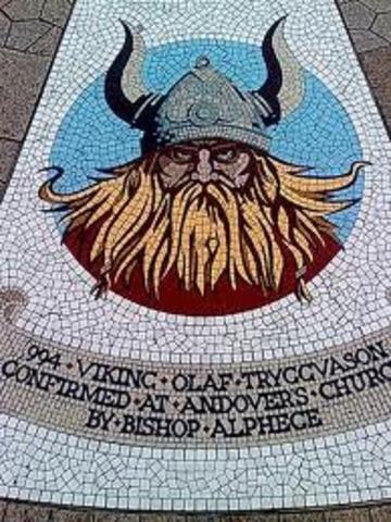 Olav 1er devient roi de Norvege et declare ce territoire n royaume chretien.