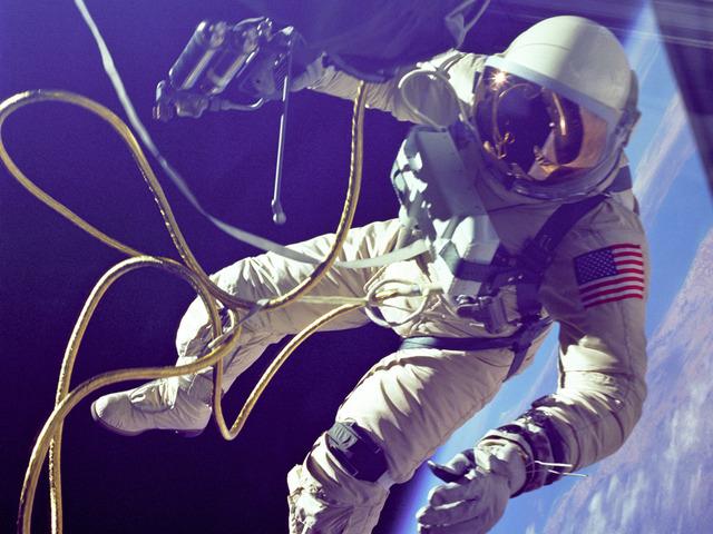 First U.S. space walk
