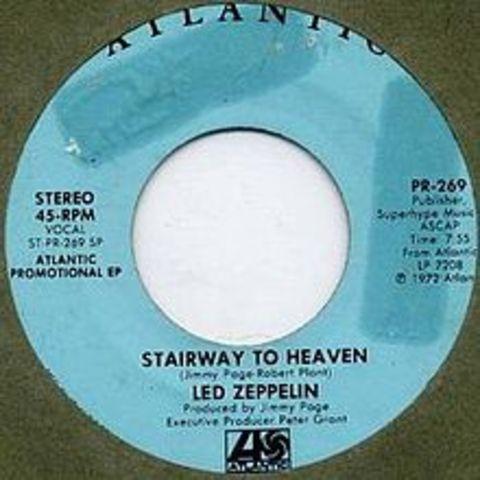 """""""Led Zepplin"""" est fait se deriger vers a le numero 1 spot en les graphiques et notre cardiaque avec leurs chanson, """"Stairway to Heaven."""""""