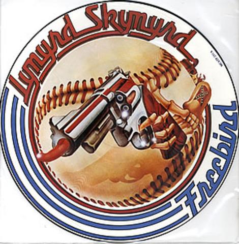 """""""Freebird"""" par """"Lynyrd Skynrd"""" est ete le chanon armature de Lynyrd Skynyrd. C'est ete numero 19 en le Top 100 Billboard en 1975. Quand c'est ete chante devant un public, le chanon est alle sur 14 minutes."""