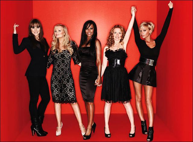 En le Américan chanson attribuers, leurs gagné 3 chanson attribuers; favori pop album, favori nouveau artisté, et favori pop groupe.