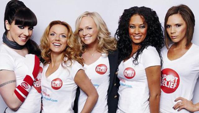 En le Brit attribuer, The Spice Girls gagné le attribuer étranger succés pour vente de 32 million albums mondial.