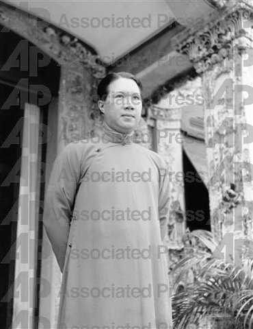 Ngo Dinh Diem becomes President