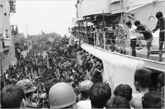 Vietnamese rush to Escape