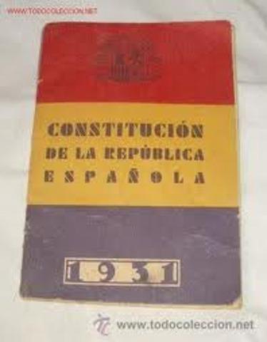 La Constitución es aprobada