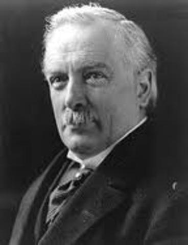 Lloyd George primer ministro del gobierno británico de coalición.