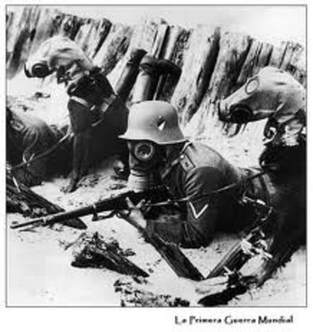 Alemania ayuda a Austria – Hungría en la guerra contra Italia y vence en Caporetto.