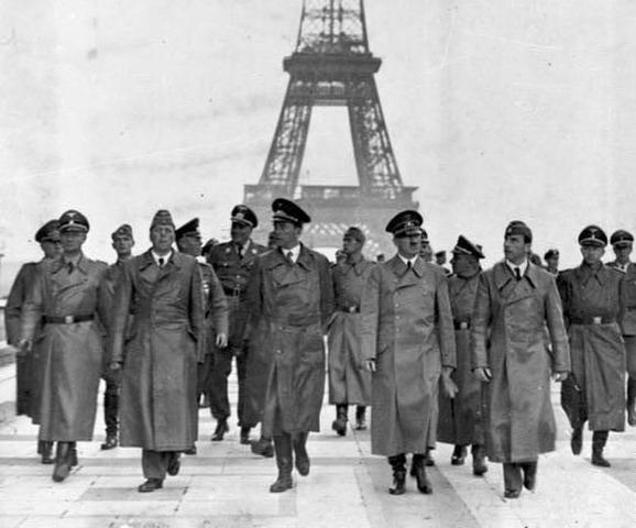 Las tropas nacis invaden París