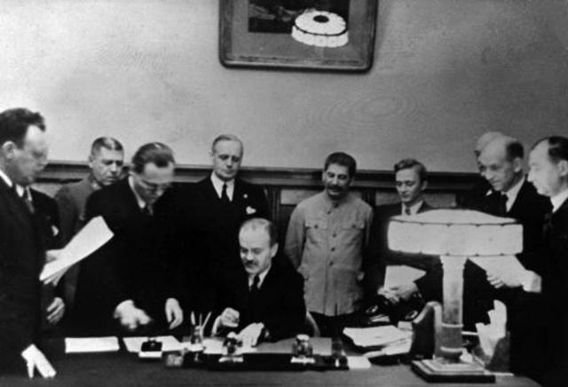 Pacto de No Agresión entre Hitler y Stalin.