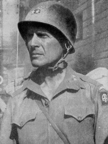 Matthew Ridgway Replaces Douglas MacArthur