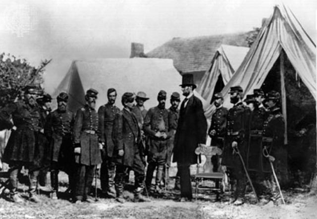 George B. McClellan vs. Abraham Lincoln