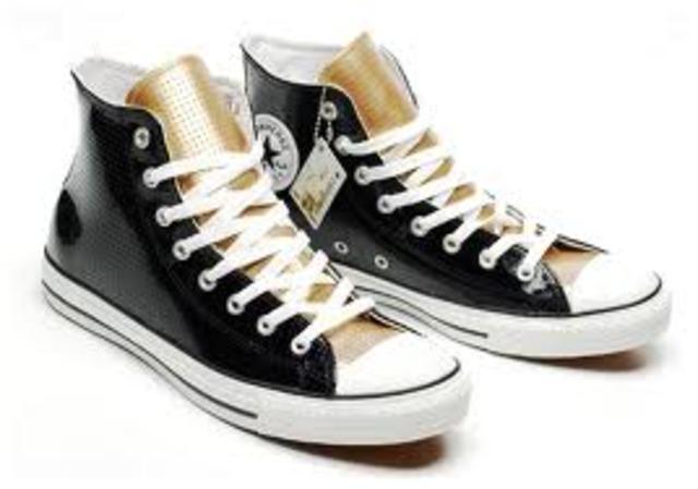 Berkley tuvo sus primer zapatos de chuck taylor