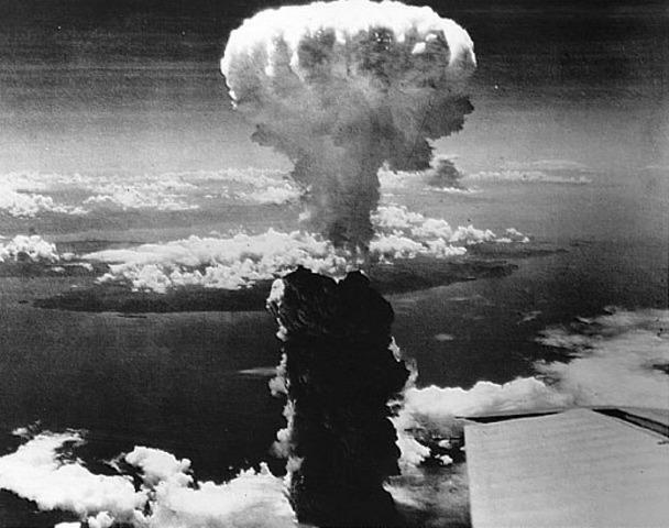 United States drops an atomic bomb on Hiroshima