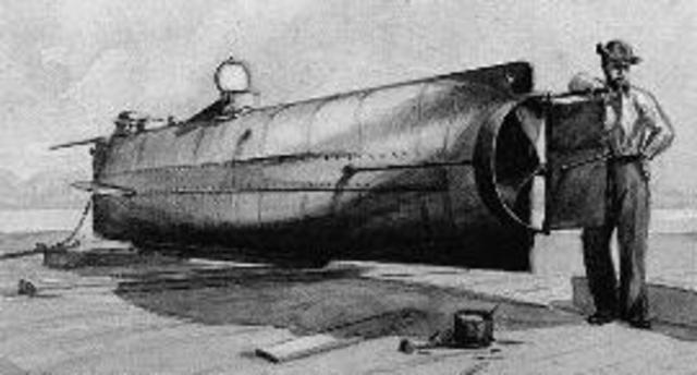 First Submarine sinks a ship