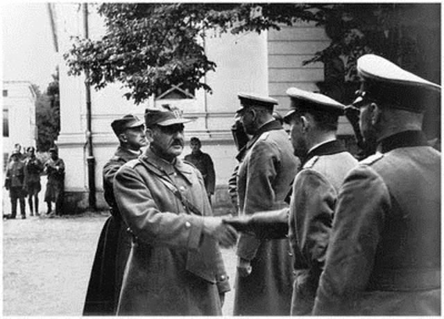 Warsaw Surrenders