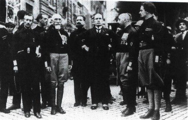 The Fascist Grand Council gets rid of Benito Mussolini