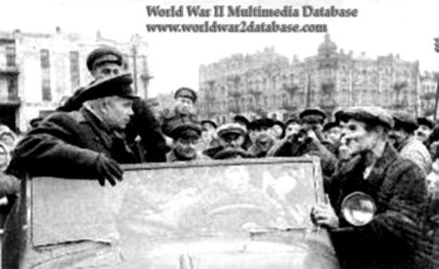 The Soviet Union Liberates Kiev