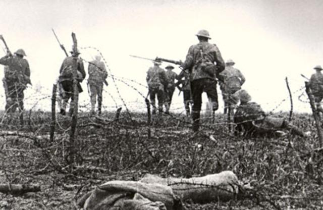 El Imperio Austro-Húngaro declara la guerra a Serbia