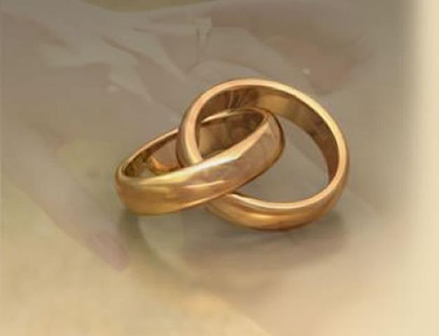 Se aprueba la Ley de Divorcio.