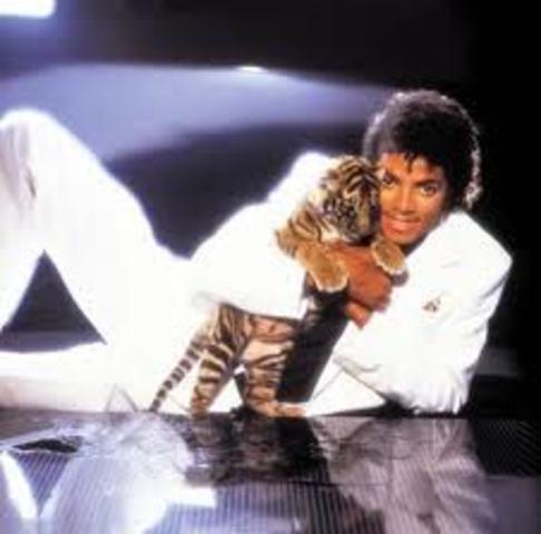 Micheal Jackson muere